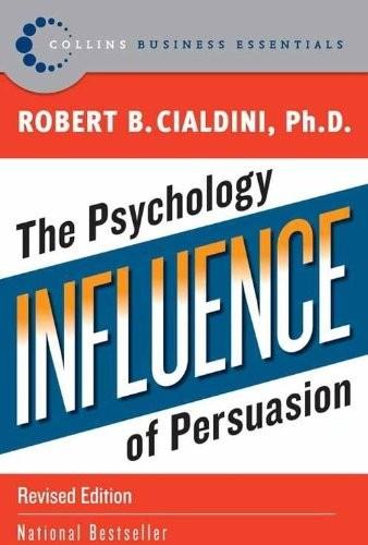 Livro Influebce, que fala sobre influência muito antes da influência digital