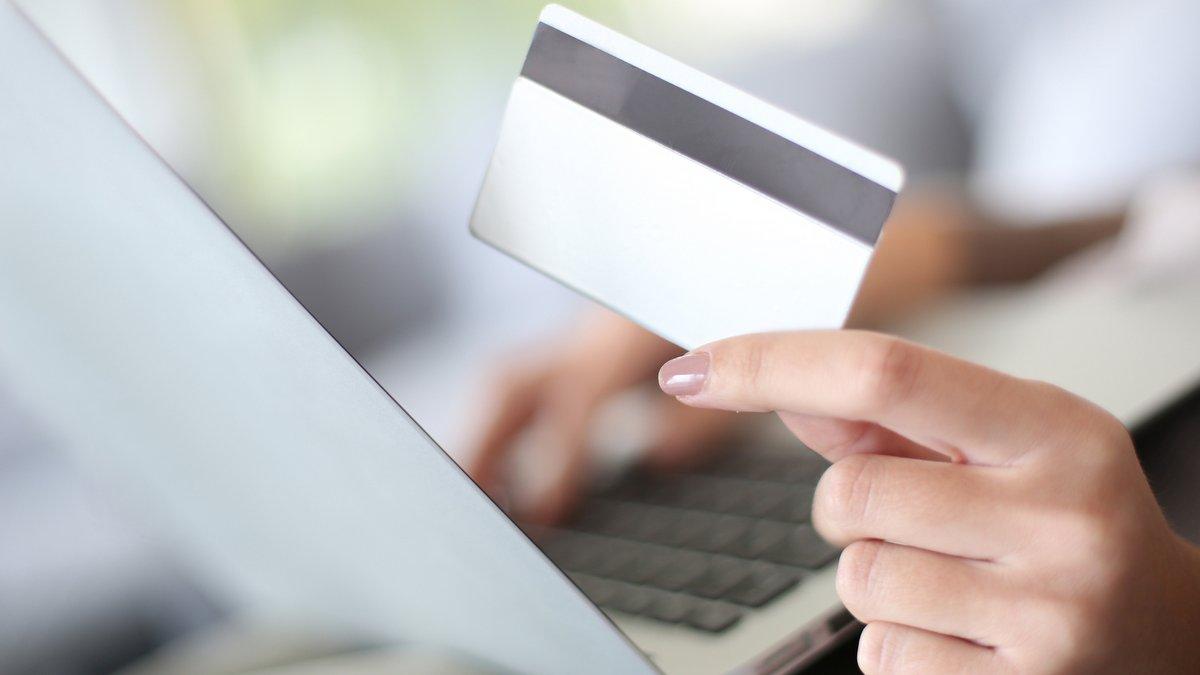 Pesquisa mostra como é a persuasão dos digital influencers na hora da compra